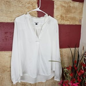 Ann Taylor Women's white blouse Top